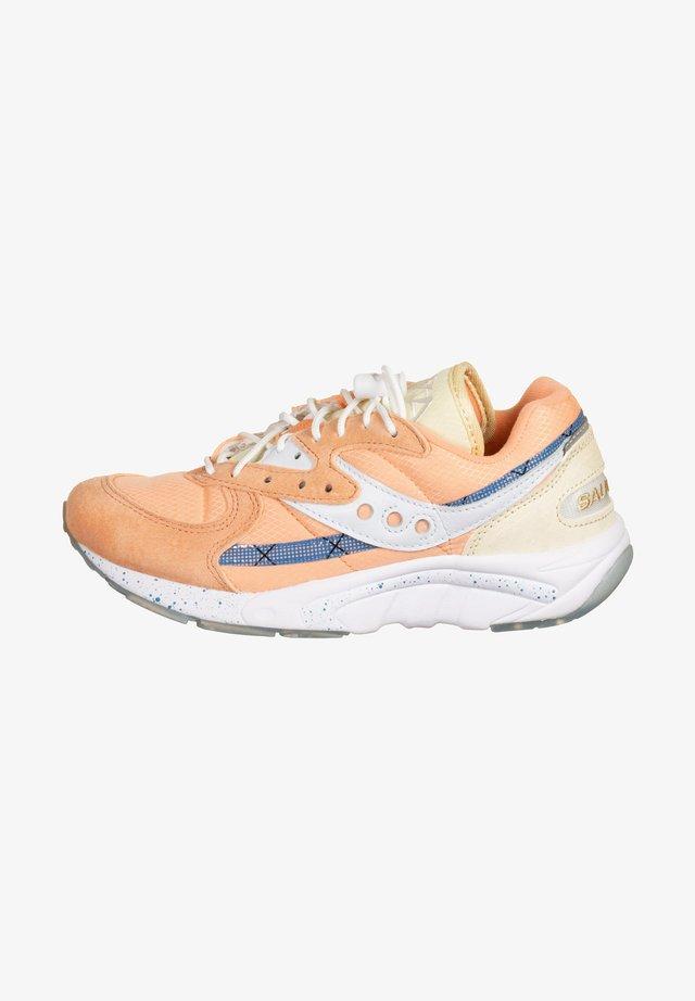 AYA W - Sneakers laag - peaches