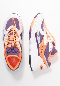 Saucony - AYA - Baskets basses - white/purple/orange - 1