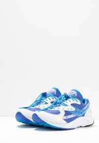 Saucony - AYA - Sneaker low - white/blue/light blue - 2