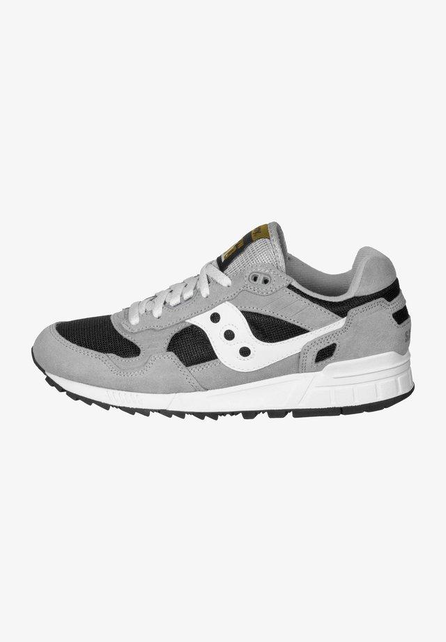 SHADOW DUMMY - Sneaker low - grey/limo