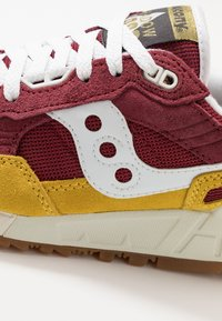 Saucony - SHADOW 5000 VINTAGE - Sneaker low - yellow/maroon/white - 6