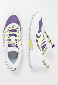 Saucony - EXCURSION TR13 - Sneakersy niskie - purple/citron - 1