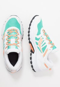 Saucony - EXCURSION TR13 - Matalavartiset tennarit - white/orange/aqua - 1