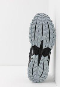 Saucony - EXCURSION - Sneaker low - grey/neon green - 4