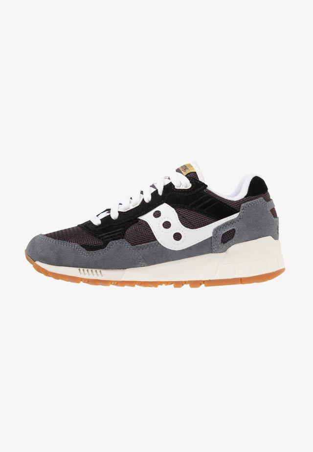 SHADOW 5000 - Sneakersy niskie - navy/grey