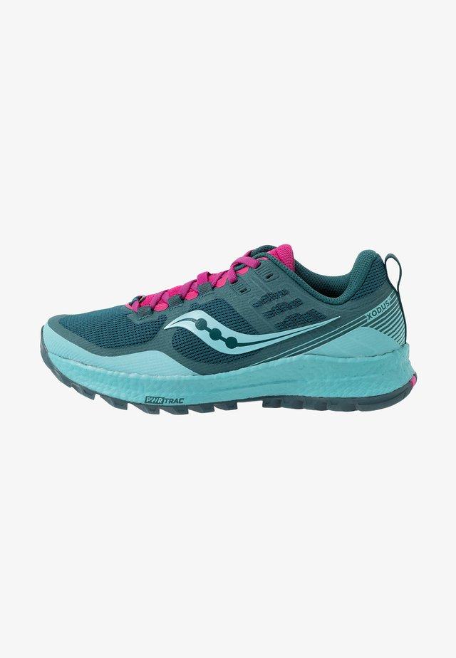 XODOS - Trail running shoes - marine/fuchsia