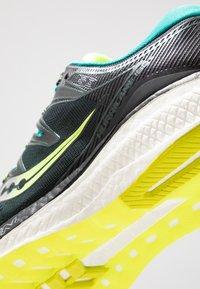 Saucony - HURRICANE ISO 5 - Zapatillas de running estables - green/teal - 5