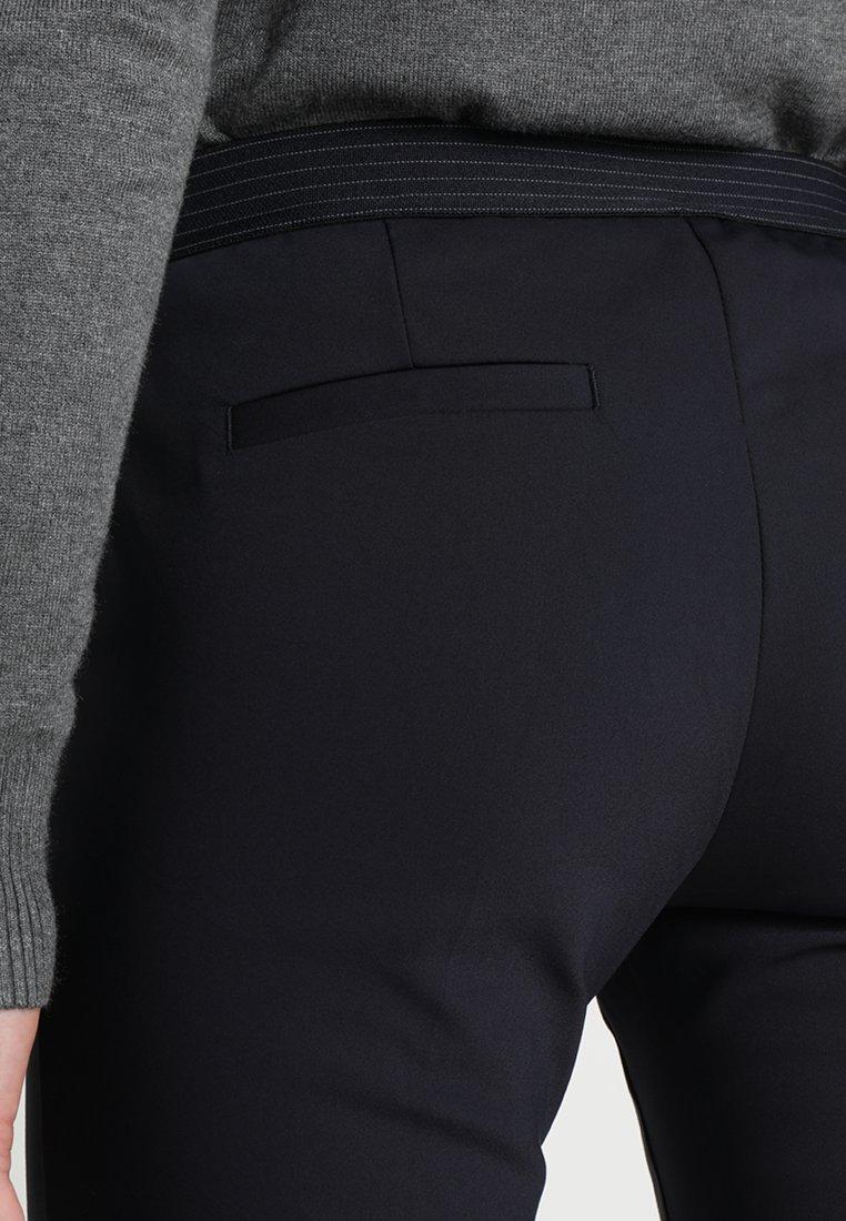 Saint Tropez PANTS ELASTIC WAISTBAND - Spodnie materiałowe - dark blue