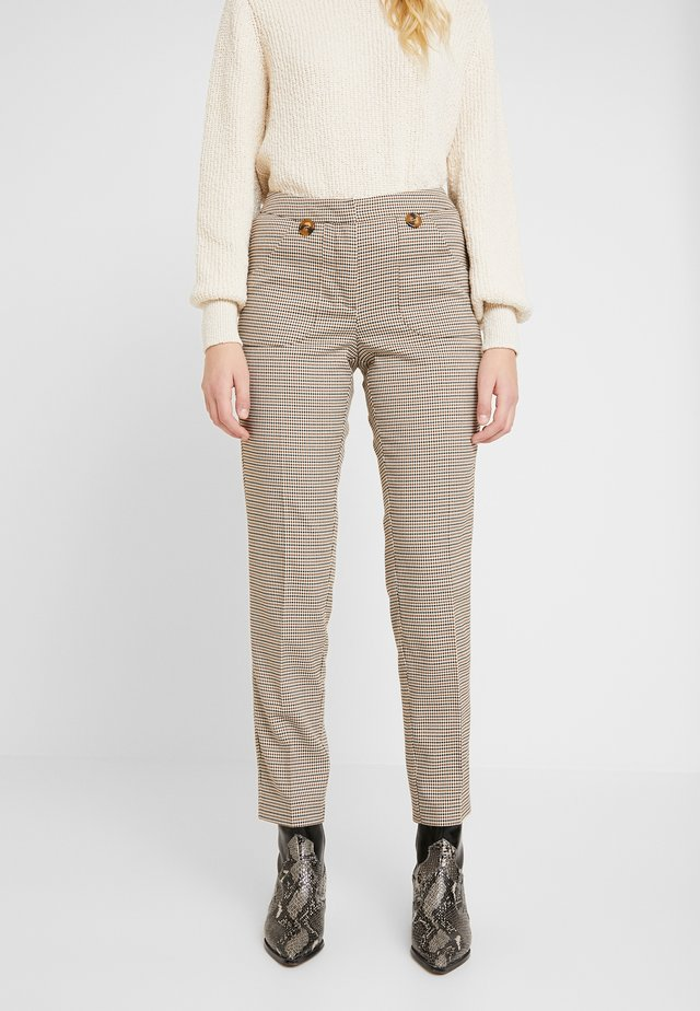 PANTS VISIBLE POCKETS - Tygbyxor - cement