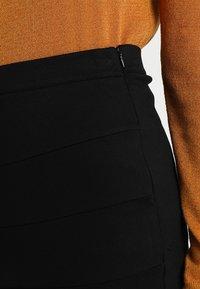 Saint Tropez - SKIRT CUT LINES - Jupe crayon - black - 4