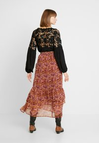 Saint Tropez - WOVEN MAXI SKIRT - Pleated skirt - rubin - 2
