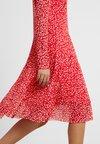 Saint Tropez - LEAF DRESS - Day dress - tomato