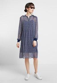 Saint Tropez - DAISY DRESS - Blousejurk - blue - 1