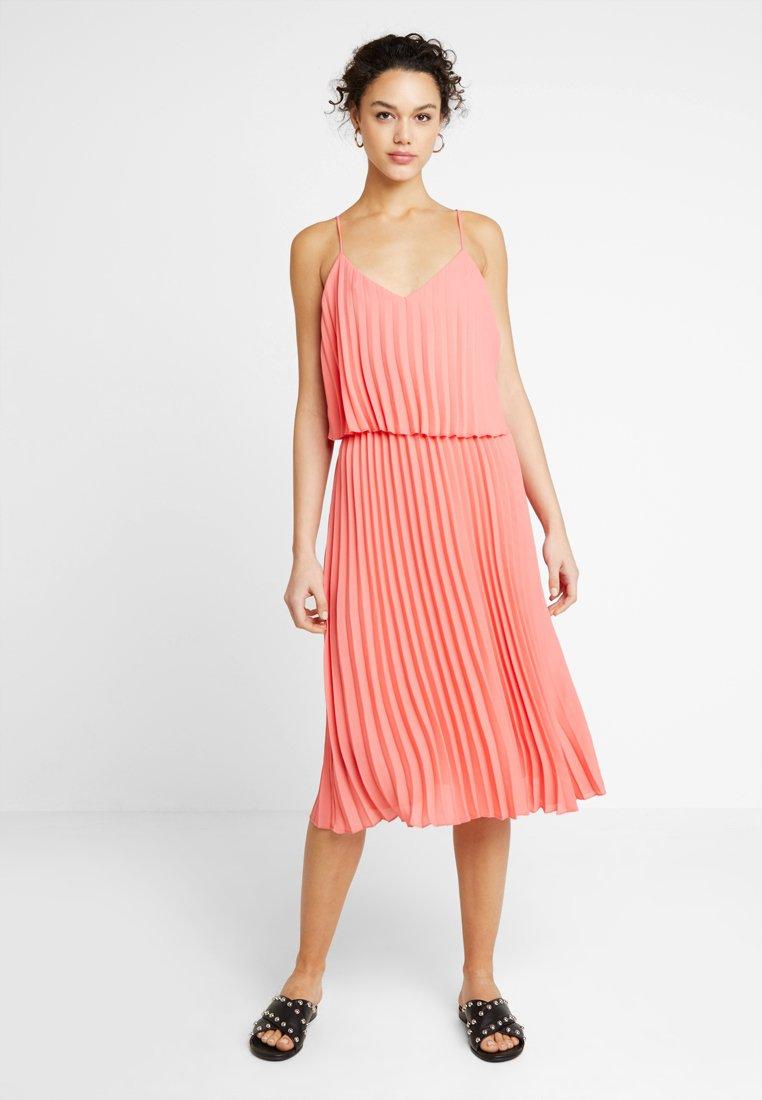 Saint Tropez - DRESS CALF - Cocktailkleid/festliches Kleid - coral