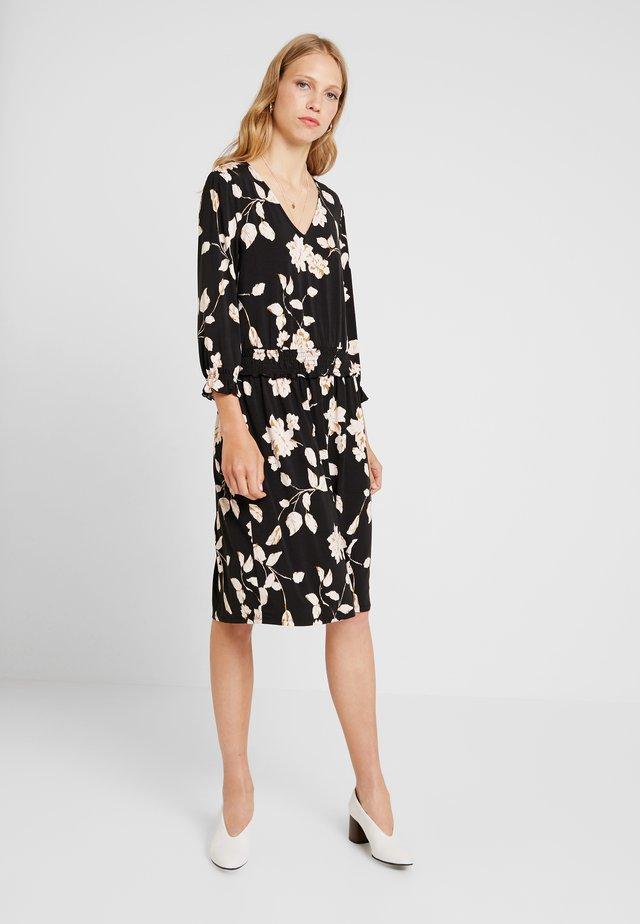 DRESS ON KNEE - Jersey dress - black