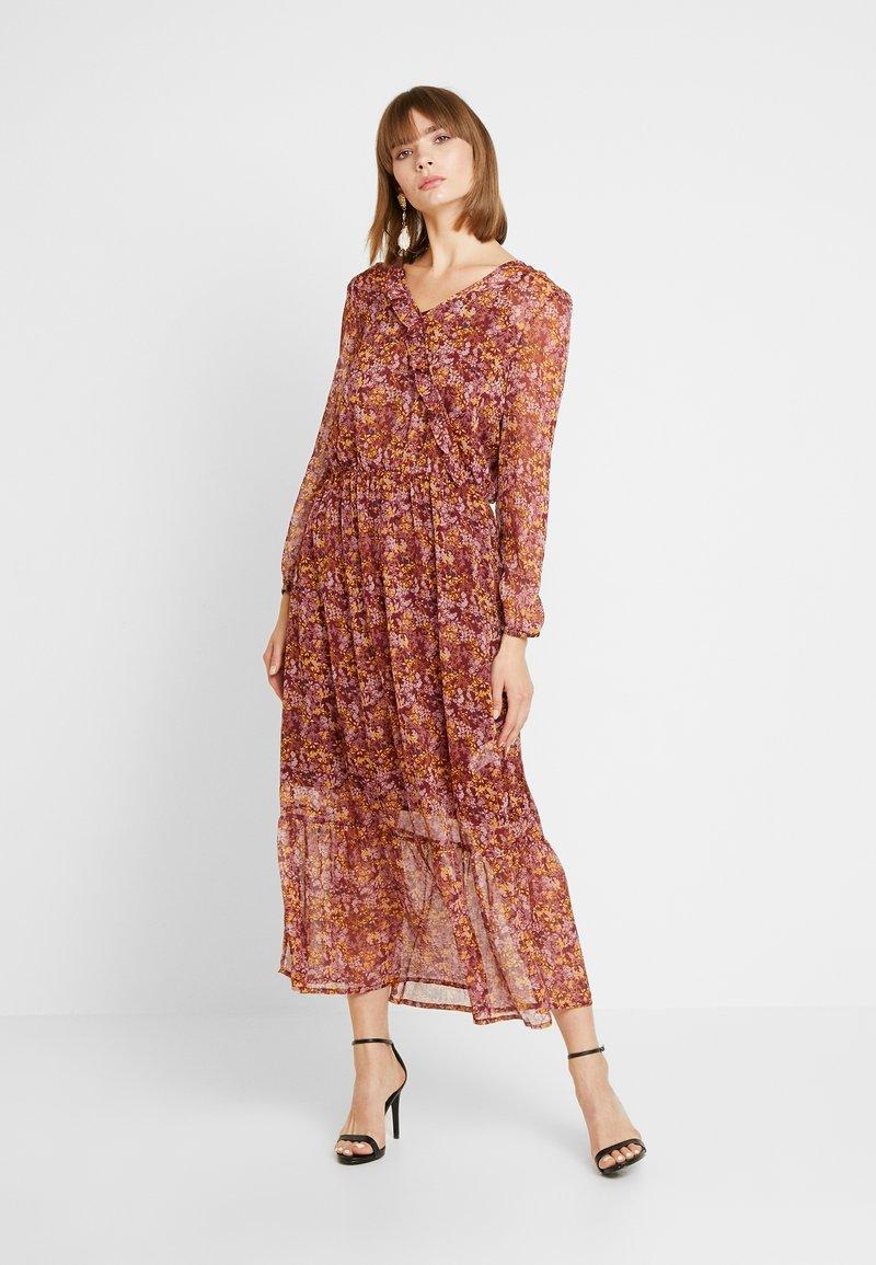 Saint Tropez - DRESS MAXI - Day dress - rubin