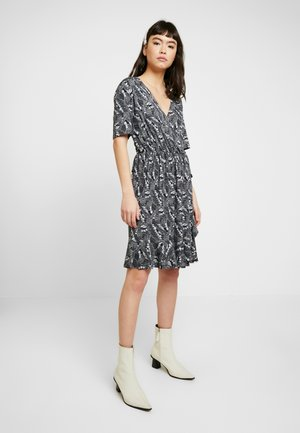 MINASZ WRAP DRESS - Jerseyjurk - midnight