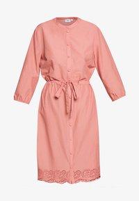 Saint Tropez - DRESS - Košilové šaty - desert sand - 5