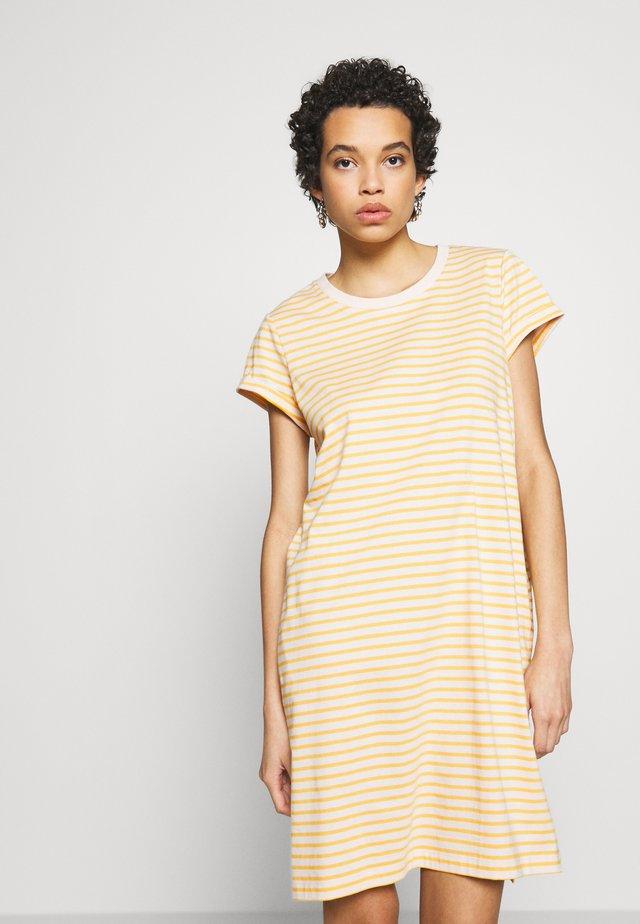 FLORA DRESS - Jerseykleid - yellow
