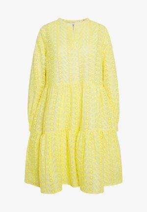 WENDY DRESS - Sukienka letnia - sulphur