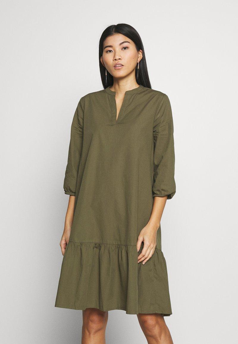 Saint Tropez - UZMA DRESS - Day dress - army green