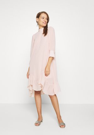 BOLETTE DRESS - Day dress - rose