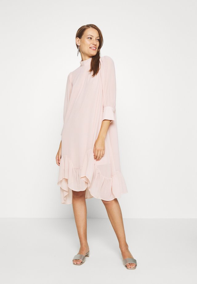 BOLETTE DRESS - Kjole - rose