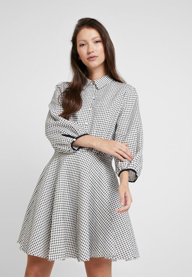 LAST MINUTE MINI DRESS - Shirt dress - black/ white