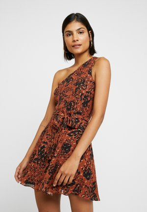 RAANEE MINI DRESS - Day dress - cognac