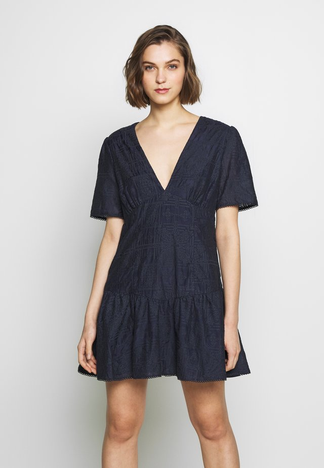 CHATEAU MINI DRESS - Korte jurk - navy blue