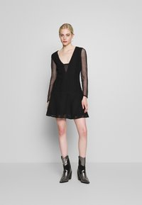 Stevie May - GALLERY MINI DRESS - Vestido informal - black - 1