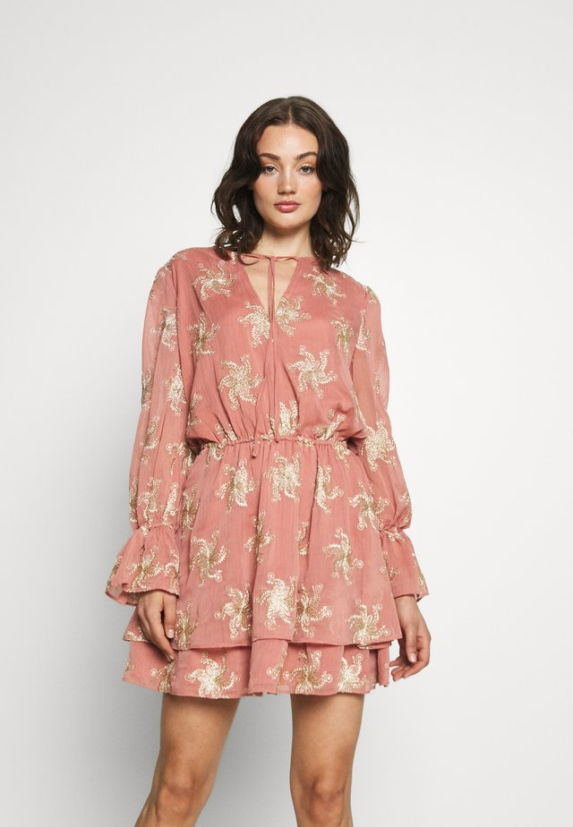 PORTER MINI DRESS - Korte jurk - desert rose