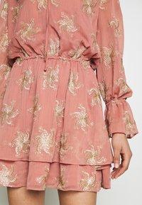 Stevie May - PORTER MINI DRESS - Day dress - desert rose - 6