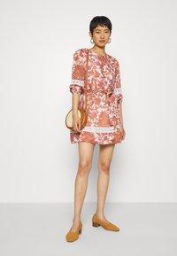 Stevie May - PRODIGY MINI DRESS - Day dress - apricot - 1
