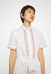 Stevie May - AFTERNOON EMBELLISHMENT - Shirt dress - off-white - 3