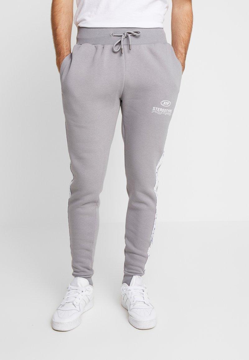 STEREOTYPE - CHROME  - Teplákové kalhoty - grey