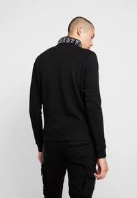 STEREOTYPE - TRANSMIT HALF ZIP - Sweatshirt - black - 2