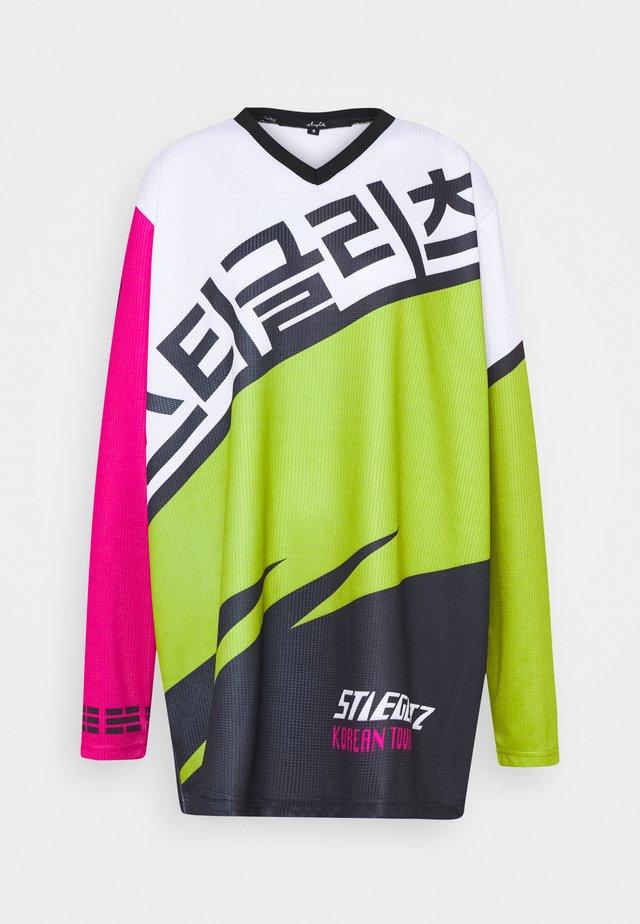JUNGSU - T-shirt à manches longues - pink