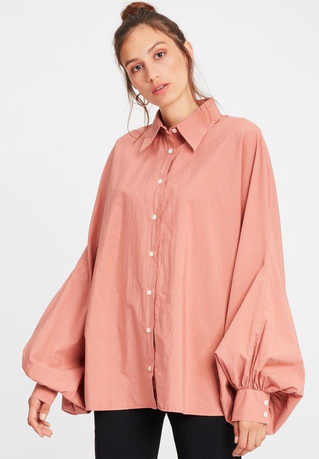 Overhemdblouse - apricot