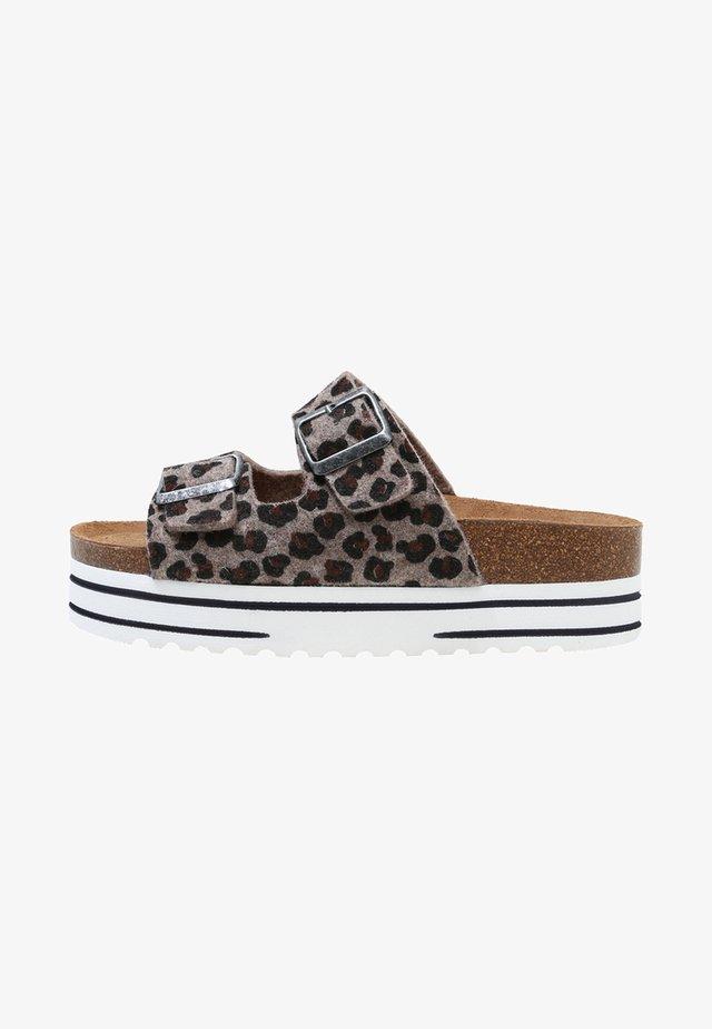 KATTIS - Klapki - leopard