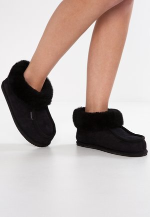 LENA - Domácí obuv - black