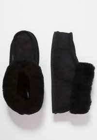 Shepherd - LENA - Chaussons - black - 3