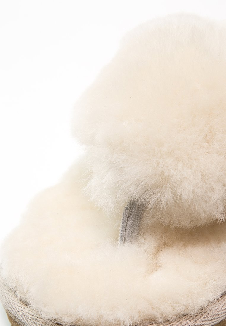 Shepherd PERNILLA - Pantofole creme
