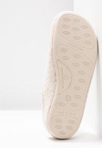 Shepherd - CILLA - Domácí obuv - beige - 6