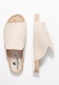 Shepherd - MARIA - Slippers - creme - 3