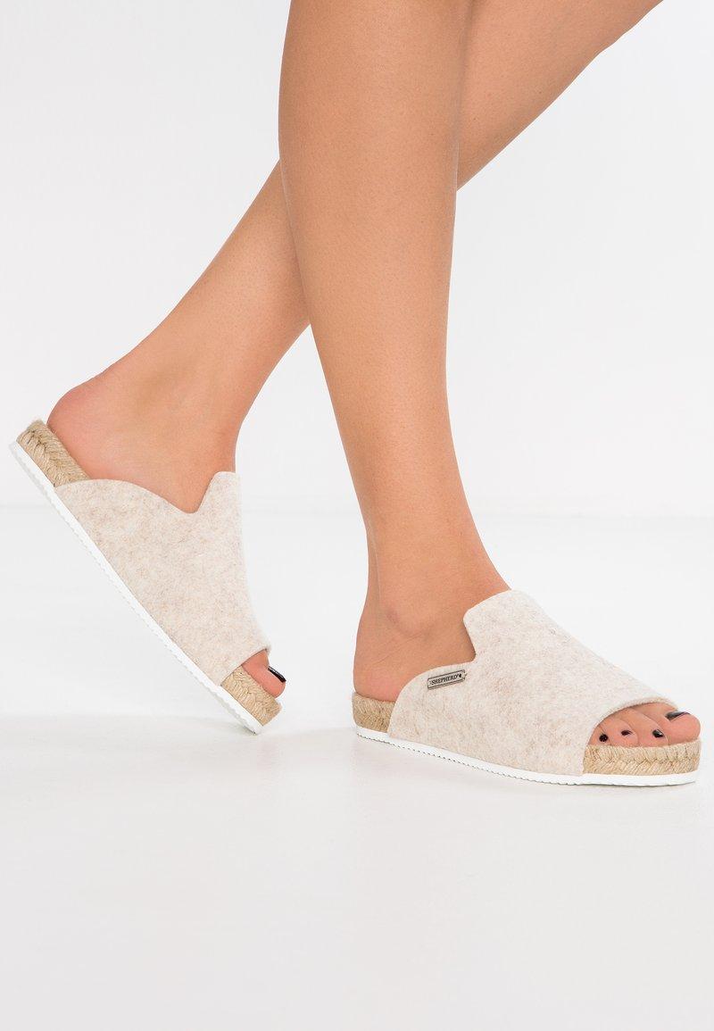Shepherd - MARIA - Slippers - creme