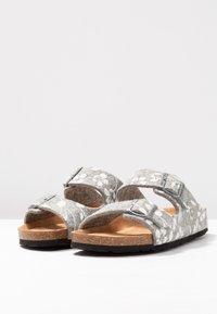 Shepherd - MATHILDA - Domácí obuv - grey - 4