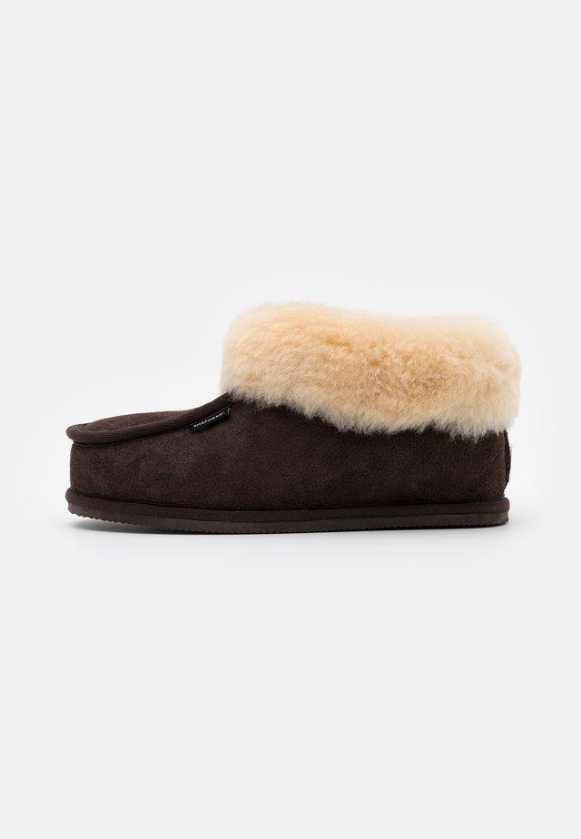LENA H. SCHUHE - Slippers - moro/chestnut