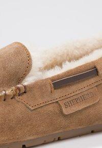 Shepherd - STEFFO - Domácí obuv - chestnut - 5