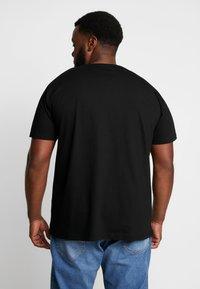 LOGOSHIRT - BATMAN LOGO - T-shirts med print - black - 2